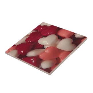 Valentinstag-Süßigkeits-Herzen Kleine Quadratische Fliese