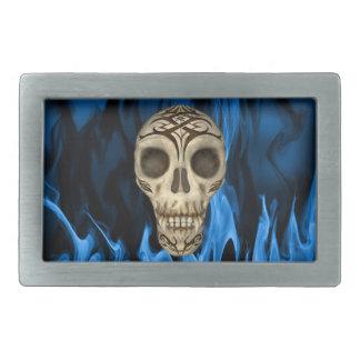 Vampirs-Schädel in den blauen Flammen Rechteckige Gürtelschnalle
