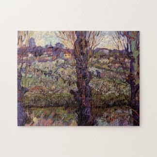 Van- Goghobstgarten in der Blüte mit Ansicht von Puzzle