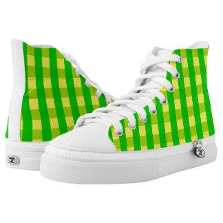Vektorgelbes und grünes überprüftes Muster Hoch-geschnittene Sneaker