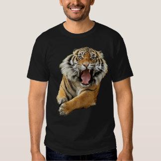 Verärgerter Tiger T Shirt