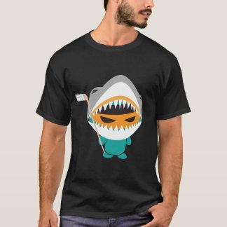 verärgertes ninja Haifisch-Hockeyt-shirt T-Shirt