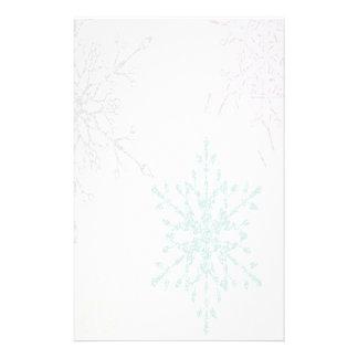 Verblaßtes Schneeflocke-Winterurlaub-Briefpapier Bedrucktes Papier