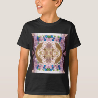 Verbogene zusammenpassende GlasEheringe T-Shirt