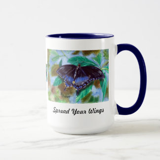 Verbreiten Sie Ihre Flügel-Schmetterlings-Tasse Tasse