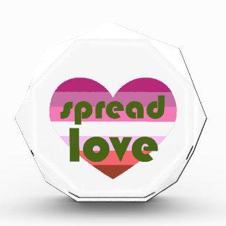 Verbreiten Sie lesbische Liebe Acryl Auszeichnung