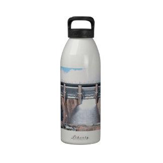Verdammungs-Wasser-Freigabe Wasserflaschen