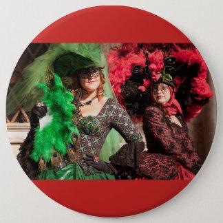 Verdeckte Frauen während des Venedig-Karnevals Runder Button 15,3 Cm