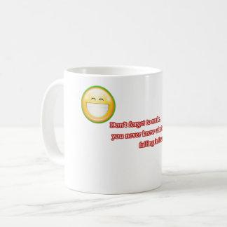 Vergessen Sie nicht zu lächeln Kaffeetasse