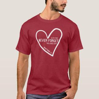 Vergessen Sie nie Newtown CT T-Shirt