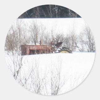 Vergessene Traktor-Weihnachtskarte Runder Aufkleber
