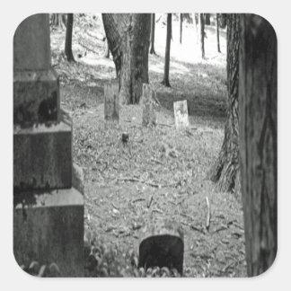Vergessenes Grab Quadratischer Aufkleber