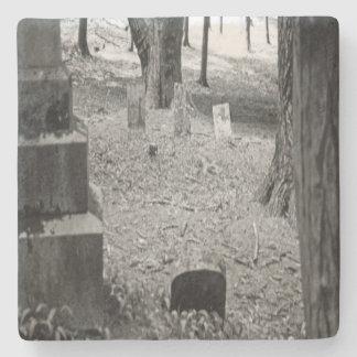 Vergessenes Grab Steinuntersetzer