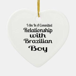 Verhältnis zum brasilianischen Jungen Keramik Ornament