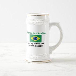 Verheiratet zu einem Brasilianer Bierglas
