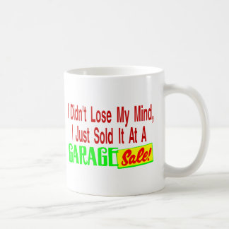Verkaufsverstand am Ramschverkauf Kaffeetasse