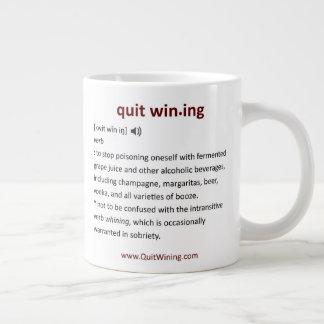 Verlassene Wining riesige Tasse