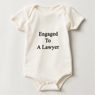 Verlobt zu einem Rechtsanwalt Baby Strampler