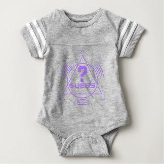Vermutung? Baby Strampler