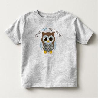 Vermutung, die einen geheimen Kleinkind-T - Shirt