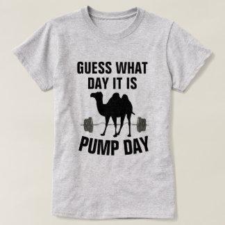 Vermutung, welchen Tag es T-Shirt