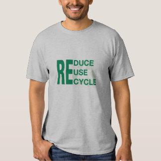 Verringern Sie, verwenden Sie wieder, recyceln Sie Shirts
