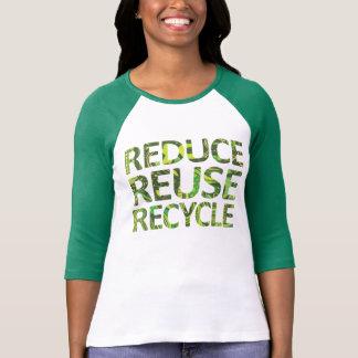 Verringern Sie Wiederverwendung recyceln grünen T Hemd