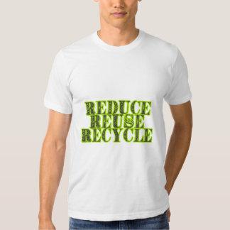 Verringern Sie Wiederverwendung recyceln Vintagen T-Shirts