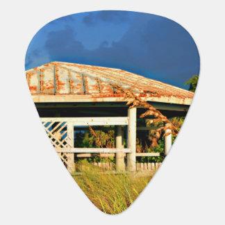 verrostetes Dachstrand-Dünen-Gebäude in Florida Plektrum