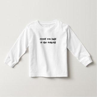 verrückte Katzendame in der machenden langen Kleinkind T-shirt