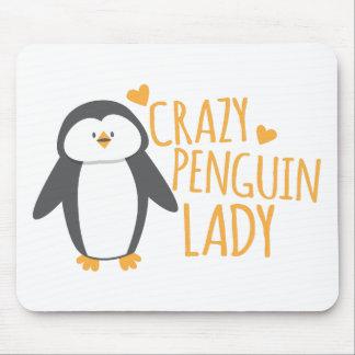 Verrückte Pinguin-Dame Mauspads