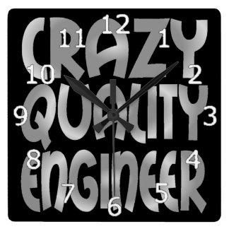 Verrückter Qualitäts-Ingenieur im Silber Quadratische Wanduhr