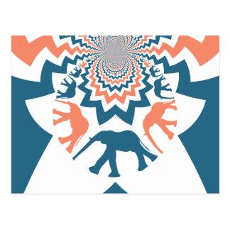 Verrücktes gehendes Elefant-korallenrotes blaues Postkarte