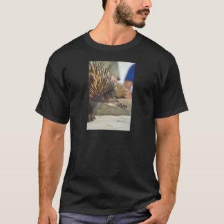 Verrücktes Geschöpf des coolen Echidna T-Shirt