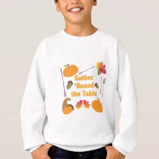 Versammlung um sweatshirt