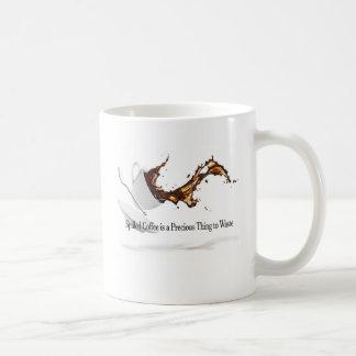 Verschüttete Kaffee-Tasse Kaffeetasse