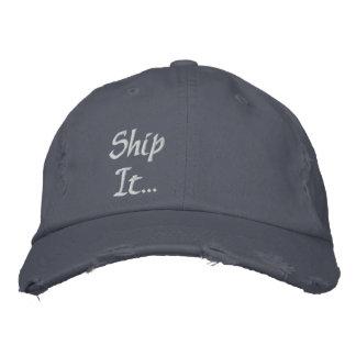 Versenden Sie es… Falte Bestickte Kappe