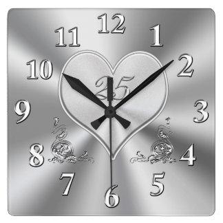 Versilbern Sie 25. Hochzeitstag-Uhren Wanduhr