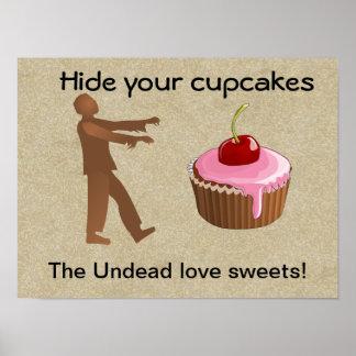 Verstecken Sie Ihre kleinen Kuchen Plakate