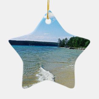 Versteckter Strand Keramik Ornament
