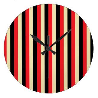Vertikale rote, beige und schwarze Streifen Große Wanduhr
