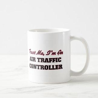 Vertrauen Sie, dass ich ich ein Fluglotse bin Tee Haferl