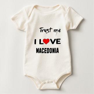 Vertrauen Sie mir i-Liebe Macedonia Baby Strampler