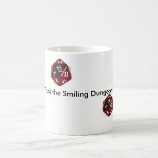 Vertrauen Sie nie der lächelnden Tasse