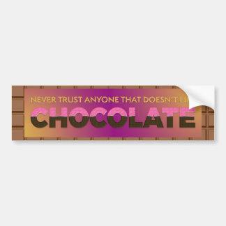 Vertrauen Sie nie jedermann, das nicht Schokolade Autoaufkleber