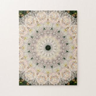 Verwickelte rosa Pfingstrosen-BlumenMandala Puzzle