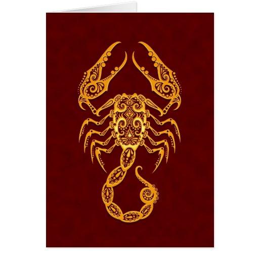Verwickelter gelber Skorpions-Tierkreis auf Rot Grußkarte