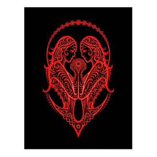 Verwickelter roter Zwillings-Tierkreis auf Postkarte