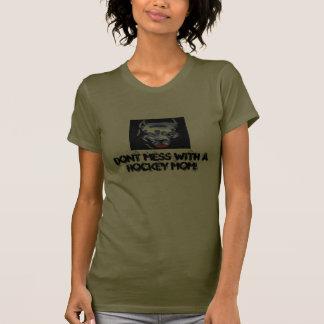Verwirren Sie nicht mit einer Hockey-Mamma! T-Shirts