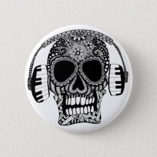 Verwirrter Schädel mit Kopfhörer-Knopf-Button Runder Button 5,7 Cm